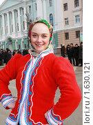 Купить «Девушка в русском национальном костюме. Праздник масленицы.», фото № 1630121, снято 14 февраля 2010 г. (c) Igor Lijashkov / Фотобанк Лори