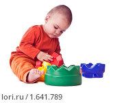 Мальчик с игрушкой. Стоковое фото, фотограф Светлана Широкова / Фотобанк Лори