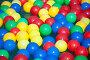 Разноцветные шарики на воде, фото № 1642781, снято 13 июня 2009 г. (c) Losevsky Pavel / Фотобанк Лори