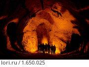 Купить «Пещера Сумган. Группа спелеологов в зале Фортуна (галерея фигур).», фото № 1650025, снято 22 апреля 2019 г. (c) Рамиль Юсупов / Фотобанк Лори