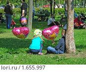 Купить «Москва. Гольяново. День города», эксклюзивное фото № 1655997, снято 5 сентября 2009 г. (c) lana1501 / Фотобанк Лори