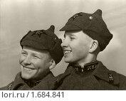 Купить «Два спецшкольника московской артиллерийской школы № 5 в военной форме в 1939 году. Москва», фото № 1684841, снято 3 апреля 2020 г. (c) Юрий Кобзев / Фотобанк Лори