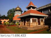 Индуистский храм. Индия. (2010 год). Стоковое фото, фотограф Дмитрий Бороздин / Фотобанк Лори