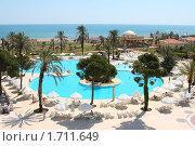 Купить «Территория отеля. Турция», фото № 1711649, снято 10 мая 2010 г. (c) Екатерина Воякина / Фотобанк Лори