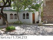 Купить «На территории мечети Муфтий Джами в Феодосии», фото № 1734213, снято 6 мая 2010 г. (c) Parmenov Pavel / Фотобанк Лори