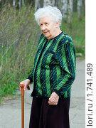 Купить «Портрет пожилой женщины», фото № 1741489, снято 5 мая 2010 г. (c) Воронин Владимир Сергеевич / Фотобанк Лори