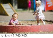Купить «Дети в песочнице», фото № 1745765, снято 24 июля 2009 г. (c) Ольга Сапегина / Фотобанк Лори