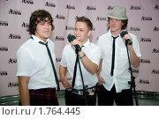 """Купить «Группа """"Jukebox"""" на гала-концерте """"Песни для Аллы""""», фото № 1764445, снято 10 июня 2010 г. (c) Юлия Жемкова (Хаки) / Фотобанк Лори"""