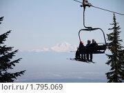 Поднимаясь в гору. Стоковое фото, фотограф Денис Овсянников / Фотобанк Лори