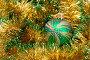 Рождественский шарик в мишуре, фото № 1820317, снято 28 октября 2007 г. (c) Дмитрий Рухленко / Фотобанк Лори