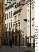 Купить «Улица в Старой Риге», фото № 1835445, снято 30 мая 2010 г. (c) Андрей Лабутин / Фотобанк Лори