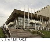 Купить «Хабаровск. Краевой музыкальный театр», фото № 1847629, снято 16 июля 2010 г. (c) Дмитрий Фиронов / Фотобанк Лори