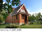 Купить «Современный русский загородный дом», фото № 1881049, снято 31 июля 2010 г. (c) Дмитрий Яковлев / Фотобанк Лори