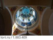 Купить «Внутренняя роспись Богоявленского собора в  Вышнем Волочке», фото № 1883409, снято 14 июля 2010 г. (c) Юрий Кобзев / Фотобанк Лори