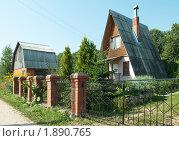Купить «Дачный дом», эксклюзивное фото № 1890765, снято 23 июля 2010 г. (c) Юрий Морозов / Фотобанк Лори