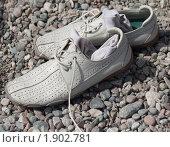 Обувь на берегу. Стоковое фото, фотограф Сергей Землянов / Фотобанк Лори