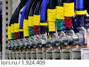 Купить «Промышленное электрооборудование. Внутреннее оборудование силовых электрошкафов», фото № 1924409, снято 4 июня 2007 г. (c) Юрий Кобзев / Фотобанк Лори