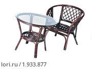 Стол и стул из ротанга. Стоковое фото, фотограф Гордиенко Олег / Фотобанк Лори