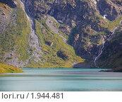 Купить «Республика Алтай. Озеро Поперечное», фото № 1944481, снято 22 августа 2010 г. (c) Andrey M / Фотобанк Лори