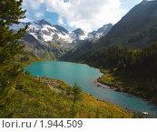 Купить «Республика Алтай. Озеро Поперечное», фото № 1944509, снято 22 августа 2010 г. (c) Andrey M / Фотобанк Лори