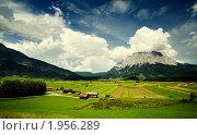 Купить «Горная долина», фото № 1956289, снято 29 июля 2008 г. (c) Наталия Кленова / Фотобанк Лори