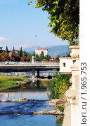 Набережная реки Сочи и рыночный мост (2010 год). Стоковое фото, фотограф Анна Мартынова / Фотобанк Лори