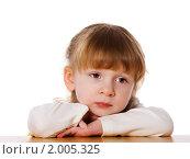Купить «Грустная девочка», фото № 2005325, снято 5 марта 2010 г. (c) Ольга Сапегина / Фотобанк Лори