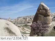 Туфовые столбы выветривания  в районе Каппадокия в Турции (2010 год). Стоковое фото, фотограф Владимир Ионов / Фотобанк Лори