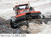 Купить «В горах лето. Ратрак отдыхает», фото № 2083329, снято 28 июля 2010 г. (c) Pukhov K / Фотобанк Лори
