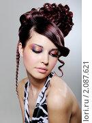 Купить «Девушка с макияжем и креативной прической», фото № 2087621, снято 5 мая 2009 г. (c) Валуа Виталий / Фотобанк Лори