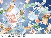 Купить «Падающие банкноты евро (на фоне голубого неба с белыми облаками и Солнцем)», фото № 2142185, снято 6 декабря 2019 г. (c) Самохвалов Артем / Фотобанк Лори