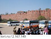Индия, Тадж-Махал, Туристы (2010 год). Редакционное фото, фотограф Унчикова Екатерина Андреевна / Фотобанк Лори
