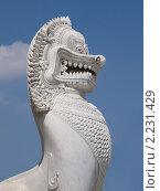 Купить «Статуя дракона», фото № 2231429, снято 14 ноября 2010 г. (c) Андрей Голубев / Фотобанк Лори