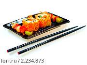 """Купить «Суши ( роллы урамаки """"Калифорния"""" ), японская кухня», фото № 2234873, снято 21 октября 2009 г. (c) ElenArt / Фотобанк Лори"""