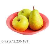 Груша и яблоки в тарелке. Стоковое фото, фотограф Погорелов Владимир / Фотобанк Лори