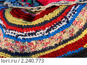 Вязаные цветные коврики. Стоковое фото, фотограф Анатолий Матвейчук / Фотобанк Лори