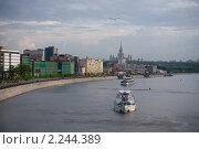 Речные трамваи на Москва реке (2010 год). Стоковое фото, фотограф Владимир Ионов / Фотобанк Лори