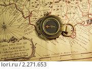 Купить «Пиратская карта Ямайки. Старинный компас.», фото № 2271653, снято 9 января 2011 г. (c) Юрий Кирсанов / Фотобанк Лори