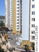 Купить «Строительство высотных жилых панельных домов в Высоковольтном проезде в Москве», эксклюзивное фото № 2272065, снято 29 июня 2010 г. (c) Дмитрий Абушкин / Фотобанк Лори