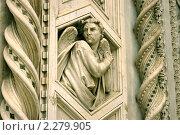 Фрагмент фасада собора Санта-Мария-дель-Фьоре, Флоренция, Италия (2006 год). Стоковое фото, фотограф Роман Богдановский / Фотобанк Лори