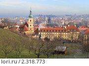 Вид на Прагу с Петржинского холма (2009 год). Стоковое фото, фотограф Хорьков Игорь / Фотобанк Лори
