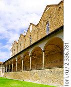 Купить «Внутренний дворик собора Санта Кроче,  Флоренция. Италия.», фото № 2336781, снято 23 августа 2010 г. (c) Vitas / Фотобанк Лори