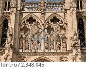 Купить «Фрагмент западного фасада собора Богоматери в Бургосе», фото № 2348045, снято 27 июня 2009 г. (c) Elena Monakhova / Фотобанк Лори