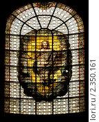 Витраж с Иисусом Христом. Стоковое фото, фотограф Антон Ермолов / Фотобанк Лори