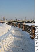 Купить «Набережная Невы. Санкт-Петербург», эксклюзивное фото № 2369761, снято 25 февраля 2011 г. (c) Александр Алексеев / Фотобанк Лори