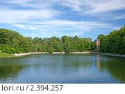 Купить «Доковый бассейн в Кронштадте», эксклюзивное фото № 2394257, снято 27 июня 2010 г. (c) Самохвалов Артем / Фотобанк Лори