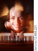 Пианистка. Стоковое фото, фотограф Константин Сутягин / Фотобанк Лори