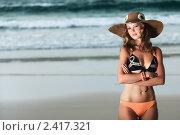 Девушка на пляже. Стоковое фото, фотограф Ольга Хорошунова / Фотобанк Лори