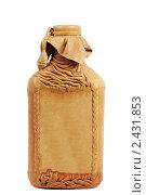 Купить «Бутылка с кожаным покрытием», фото № 2431853, снято 1 марта 2010 г. (c) Игорь Соколов / Фотобанк Лори