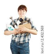 Купить «Женщина с бытовой техникой», фото № 2432569, снято 17 марта 2011 г. (c) Яков Филимонов / Фотобанк Лори
